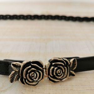 Skinny rose leather belt